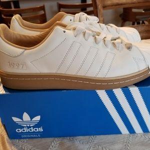 Adidas Consortium x Kasina - Superstar Boost
